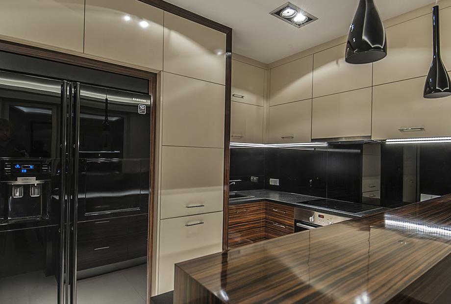 perfectspace-wnetrze-kuchni-wykonczone-drewnianymi-elementami