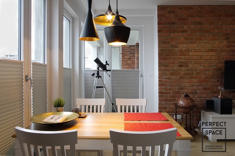 Lampy-Toma-Dixona-w-aranzacji-wnetrza-salonu-w-stylu-nowoczesnym Niestandardowe lampy Toma Dixona w aranżacji wnętrz