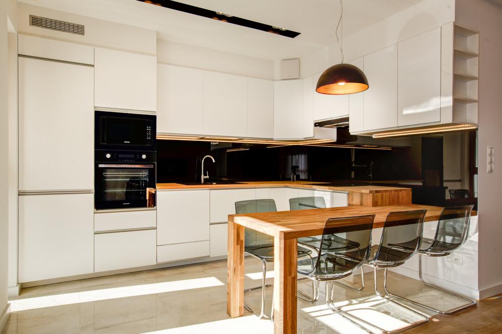 cybernetyki3-009-1024x682 Urządzanie wnętrza kuchni: Lodówka