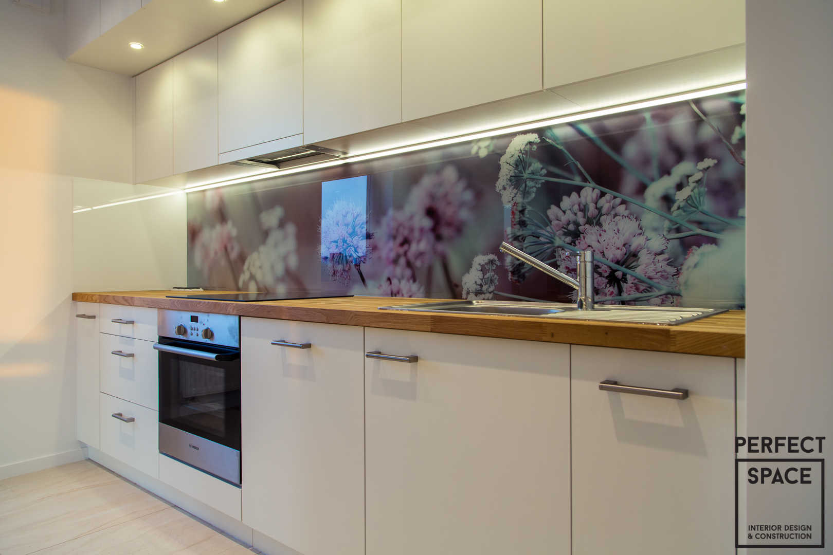 Backsplash Szklane Panele Kuchenne W Aranżacji Wnętrza Kuchni
