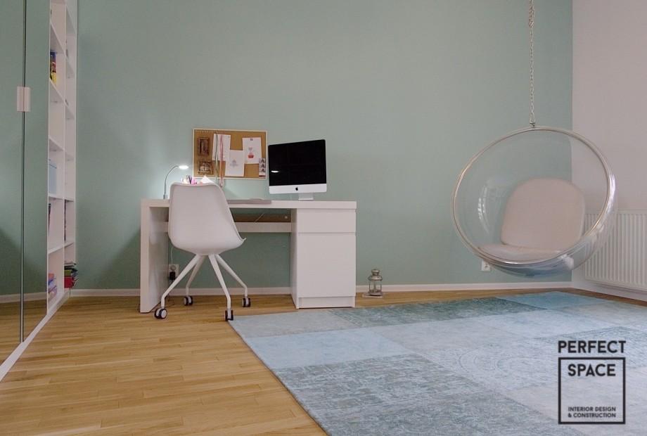 Materialowy-hamak-w-pokoju-dzieciecym Projektant wnętrz radzi: hamak w aranżacji domu i ogrodu