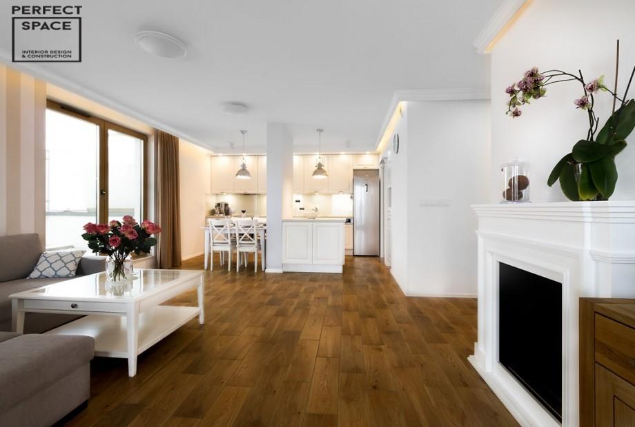 Strefowanie-salonu-salon-podzielony-na-czesc-wypoczynkowa-i-jadalniana Strefowanie salonu: jak dzielić otwarte przestrzenie?